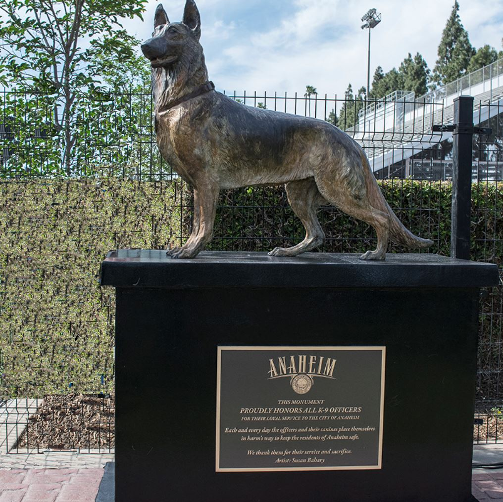 German Shepherd Dog Garden Statue Designs